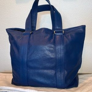 Authentic Marc Jacobs tote shopper work weekeder